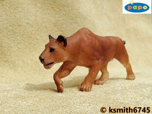 Papo imbroccare LEONESSA solido in plastica giocattolo Wild Zoo Animale Gatto Leone CACCIA NUOVO