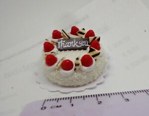 1//12th scale DOLLS HOUSE HANDMADE ROUND STRAWBERRY CAKE C16