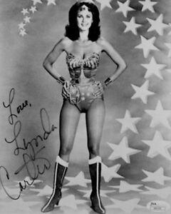 Lynda-Carter-Wonder-Woman-Hand-Signed-Autograph-Photo-Original-8x10-B-amp-W-JSA-COA