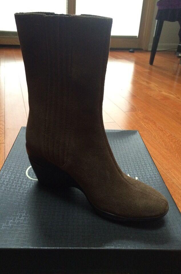 NIB cole haan  donna stivali Dimensione 6.5  presentando tutte le ultime tendenze della moda
