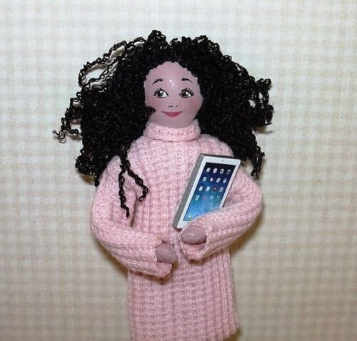 Miniature Super Realistic Artisan Tablet Computer WHITE//SILVER DOLLHOUSE 1:12