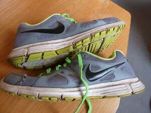 Sur D'origine 48 5us 1432 Afficher Nike Air Titre 2Taille Revolution Le Original Cm554954 Détails 034 Used xoeBWEQrdC