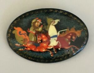 Vintage-Russian-Lacquer-Brooch