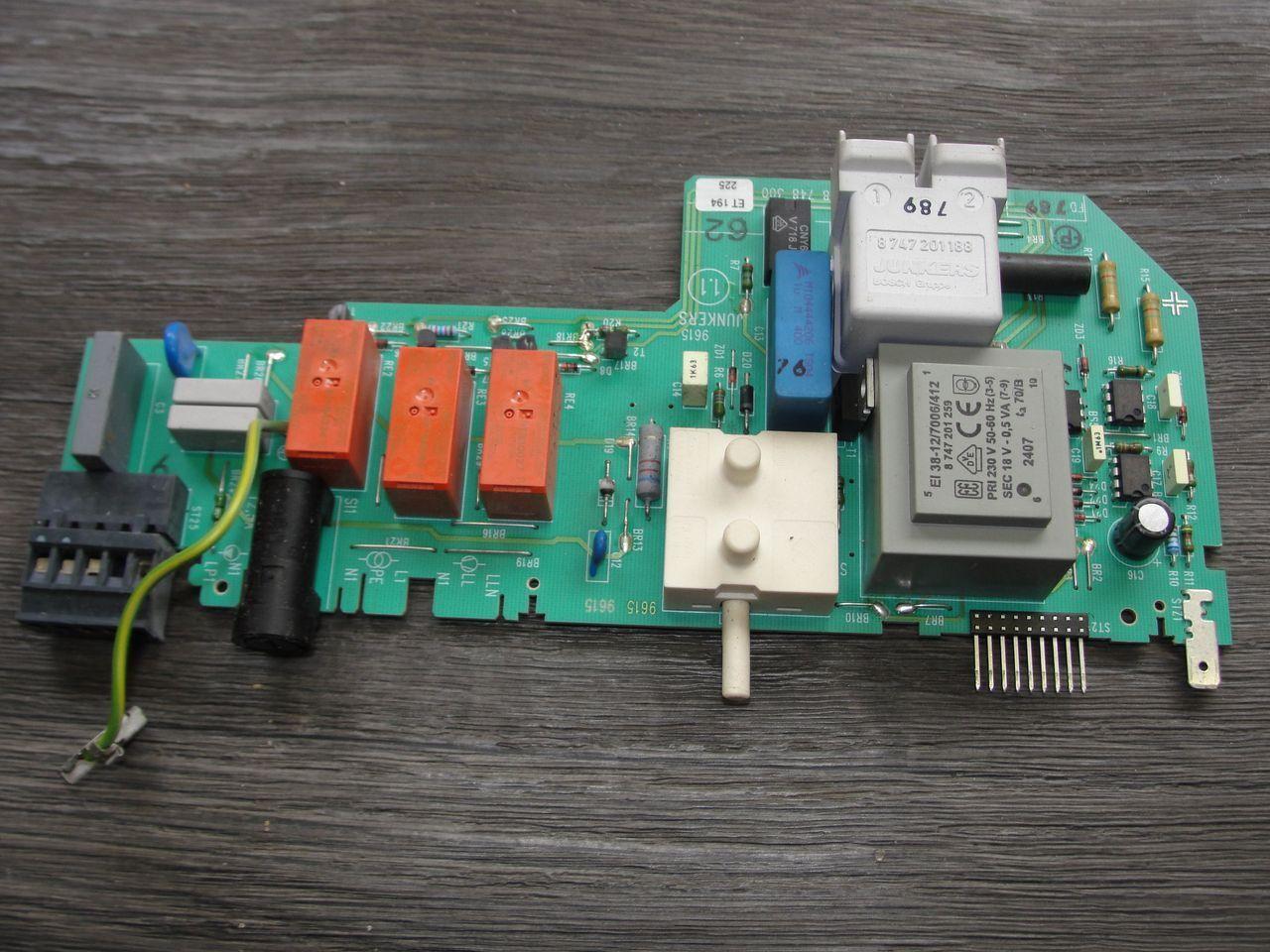 Junkers Netzmodul Leiterplatte ZR,ZSR,ZWR -4  87483001940 / / / 8 748 300 194 0 563f54