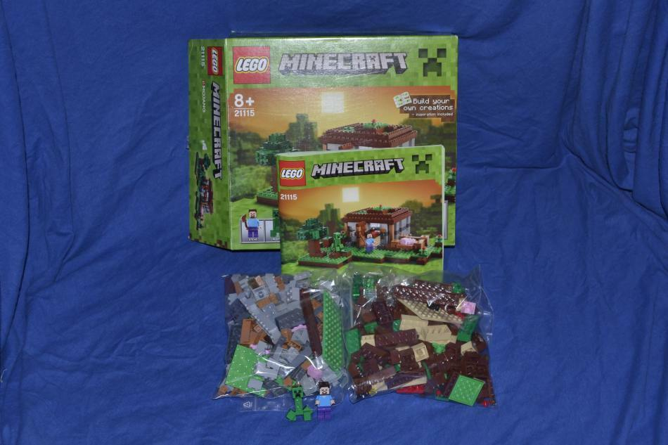LEGO Set 21115 Minecraft Steves Haus mit BA First Night with instruction