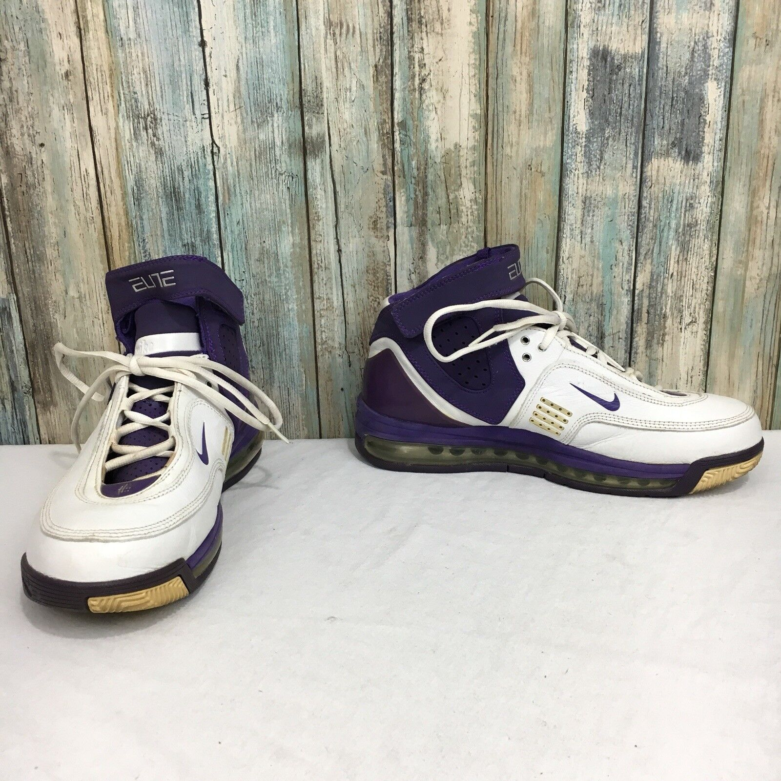 Nike Air Max Elite 2006 Men's 8.5 White Purple Lace Up High Top Basketball shoes