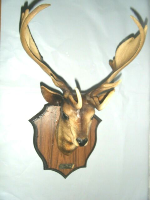 Wall Charmers Mini White Faux Deer Head