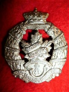 The-British-Columbia-Regiment-Cap-Badge-Canadian-WW2-M13a