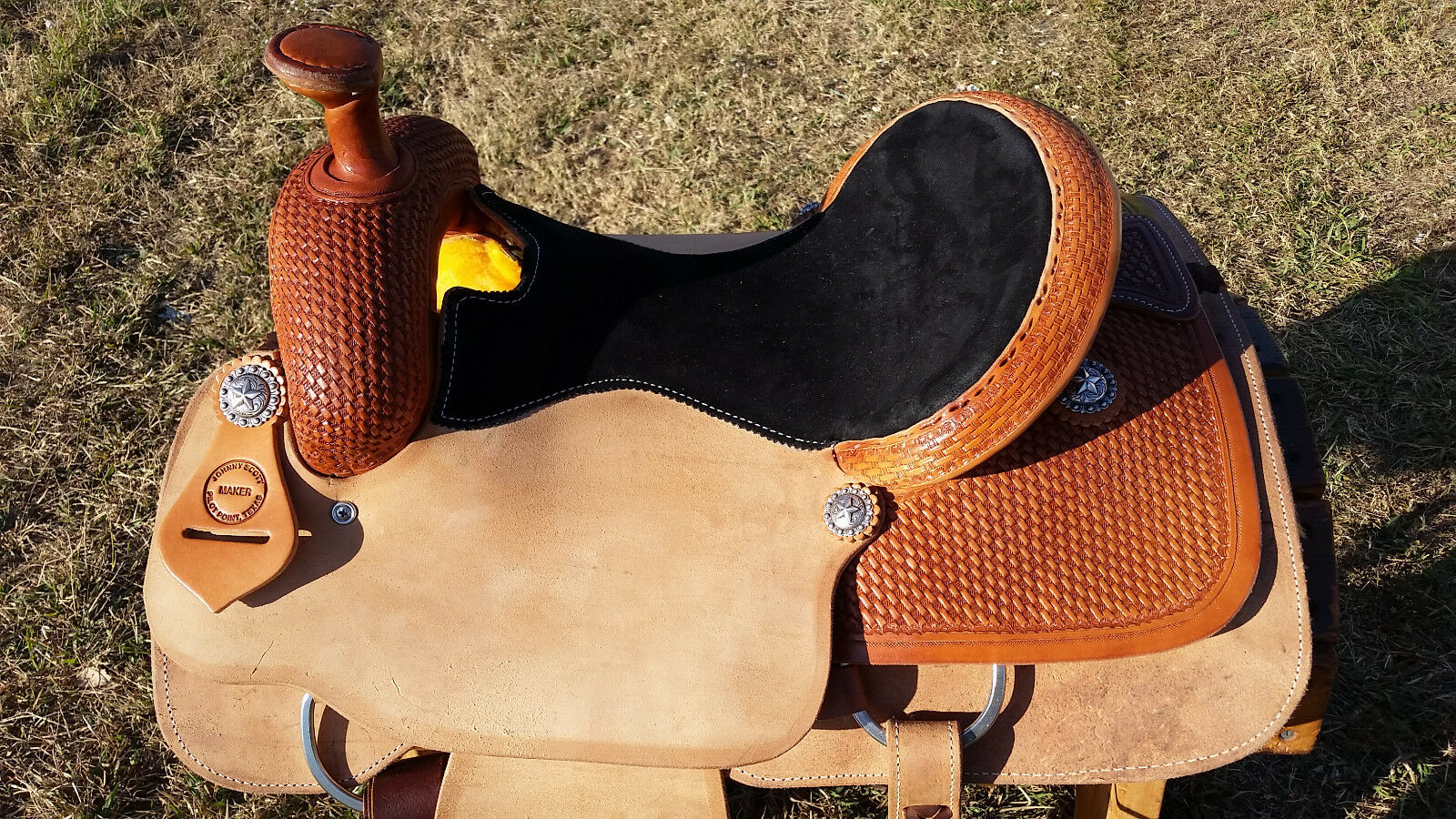 15  Johnny Scott Roping Saddle (Made in Texas)