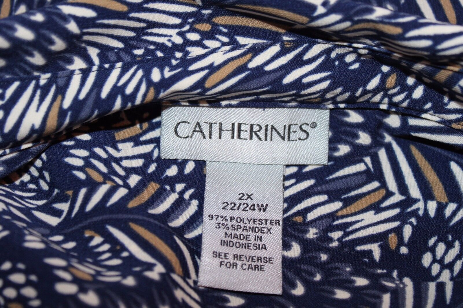 Catherines Navy Weiß Weiß Weiß Busy Pocketed Print Roll Up Sleeve Tabs Shirt Top Sz 2X 53624e