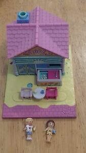 1993-VINTAGE-POLLY-POCKET-BEACH-CAFE-100-COMPLETE-POLLYVILLE-TINY-WORLD-PLAYSET