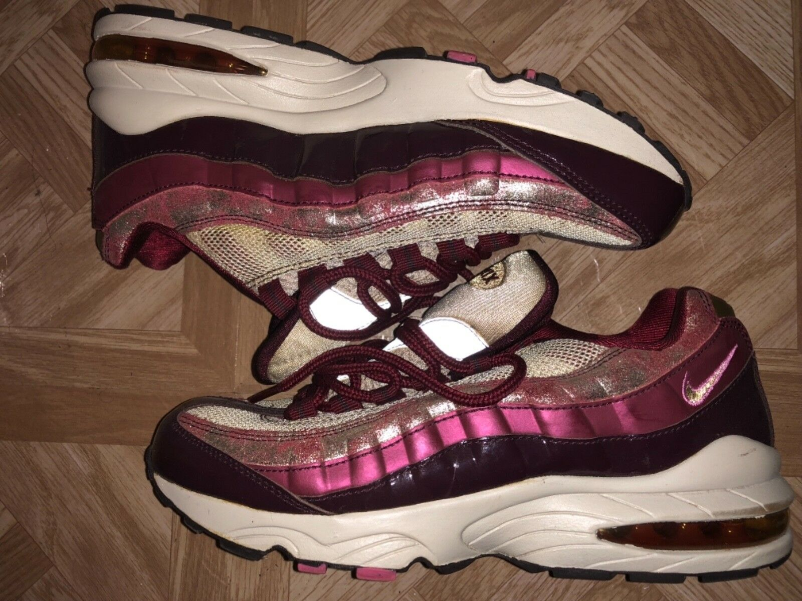 Nike Air Max 95 Pink (GS) Size 6