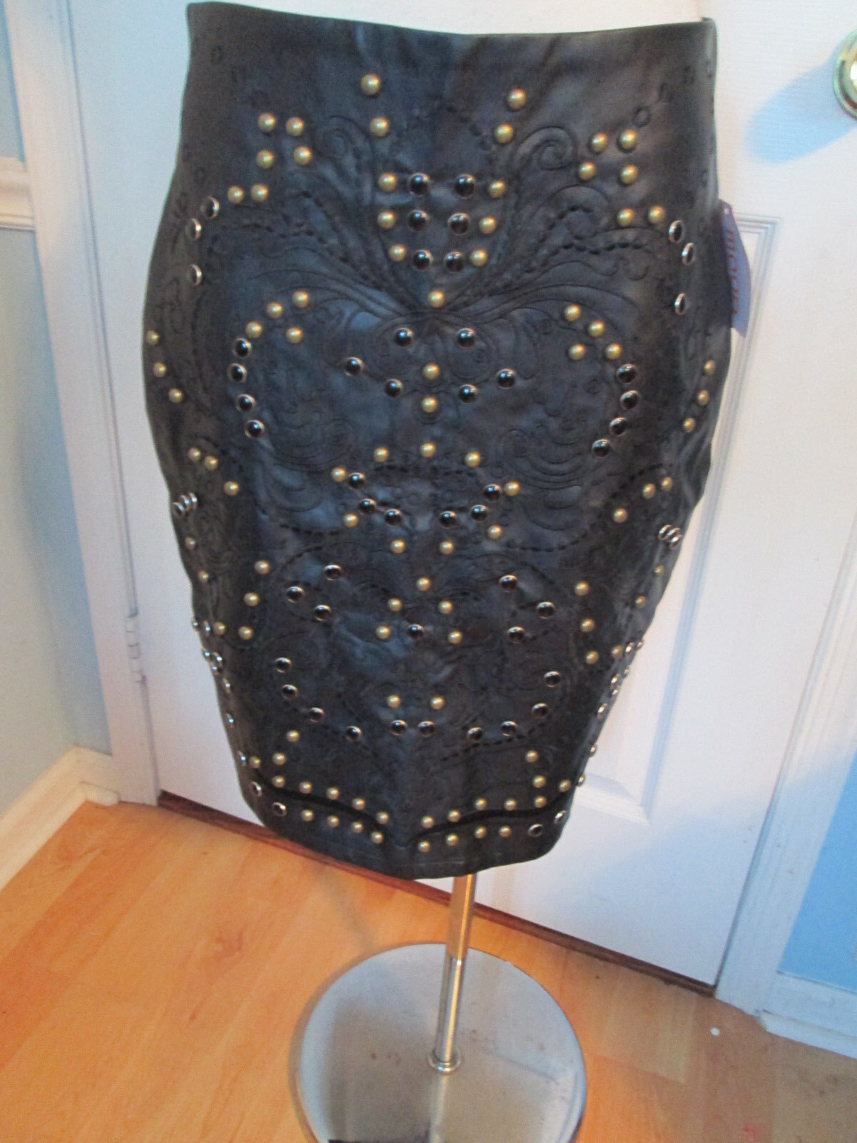 Womens embellished pleather skirt l new ori with beaded front.g.