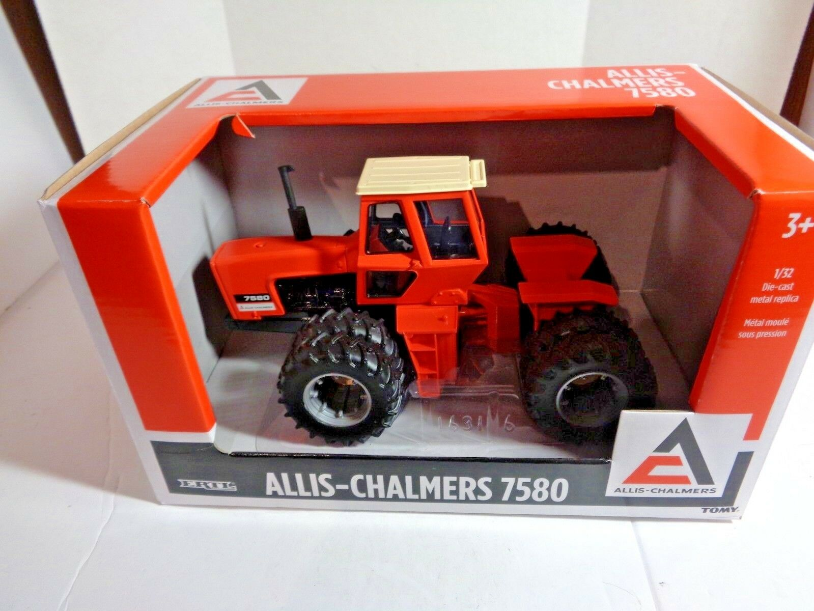 Allis-Chalmers 7580 Tractor in 1 32 Scale Scale Scale by Ertl 32c12d