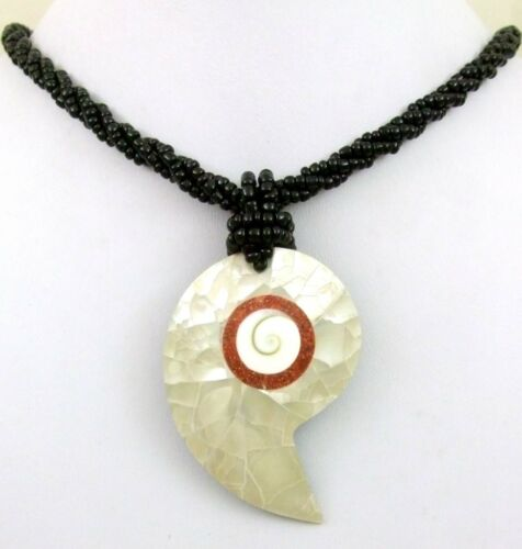 Natural Mother of Pearl Shell Red Coral Shiva Eye Pendant Beads Necklace FA270