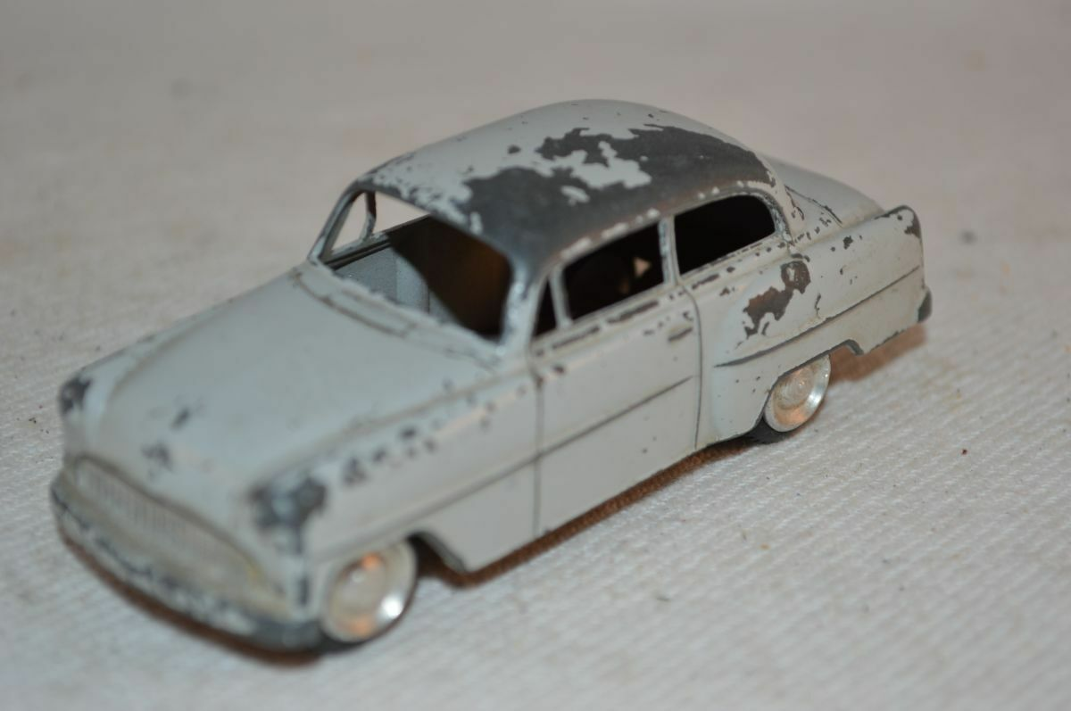 Lion Car Opel Record gris good plus original condition made in Holland 1e type