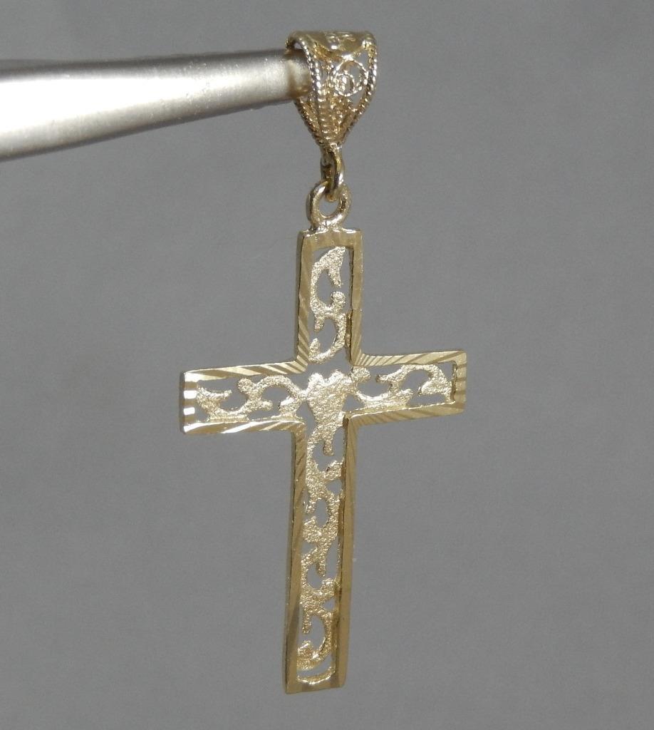 Estate 14 Karat Yellow gold Diamond-Cut Filigree Cross w Heart Pendant 14K J0407