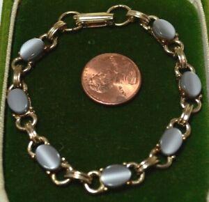 Vintage-Scarab-Style-Lune-Brillante-Lucite-Gris-Argente-Cab-or-Ton-7-034-Brcelet