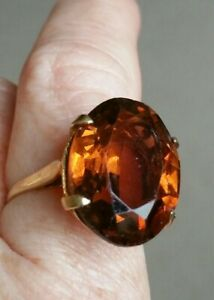 Fabulous-Antique-Design-Vintage-9-ct-Gold-Topaz-Glass-Statement-Ring-size-O