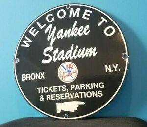 VINTAGE-YANKEES-PORCELAIN-BASEBALL-MAJOR-LEAGUE-BASEBALL-NEW-YORK-STADIUM-SIGN