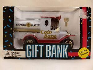 Internation-Gasoline-Tanker-Truck-Coin-Bank-1993-Diecast-Metal-Locking-32403