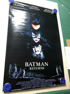 Vintage-1992-Batman-Returns-Poster-Michael-Keaton-Danny-Davito-Michelle-Pfeiffer