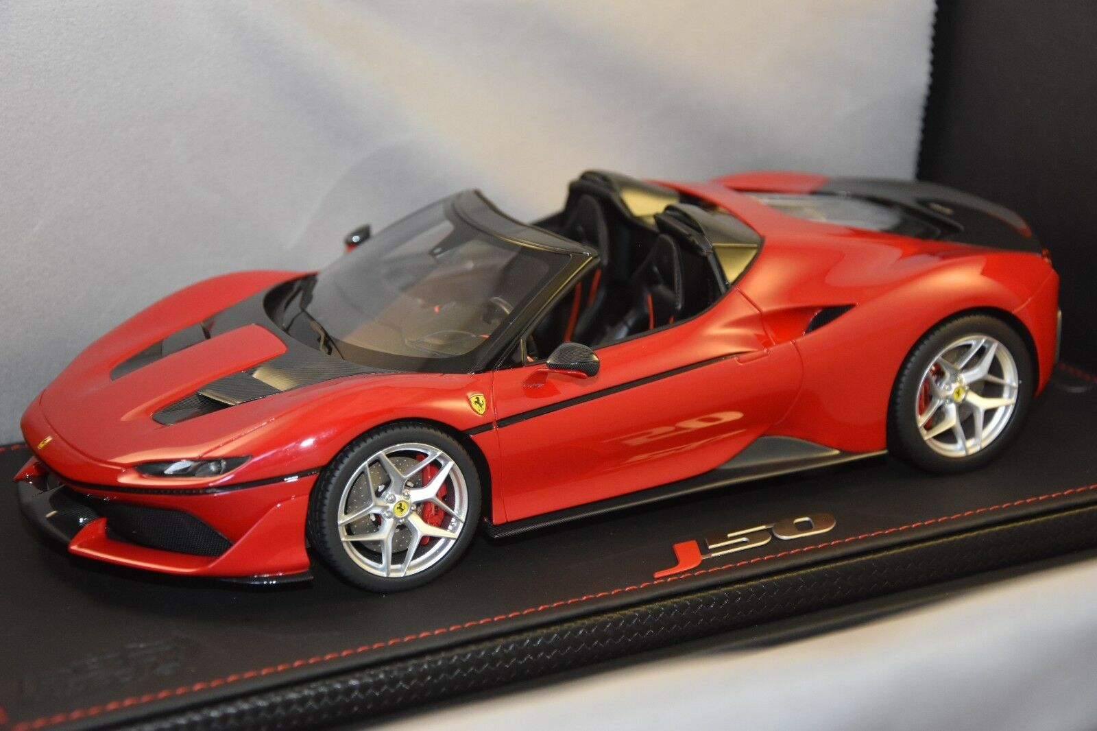 BBR P18156 - Ferrari J50 50th anniversaire Ferrari Japan 2016  1 18