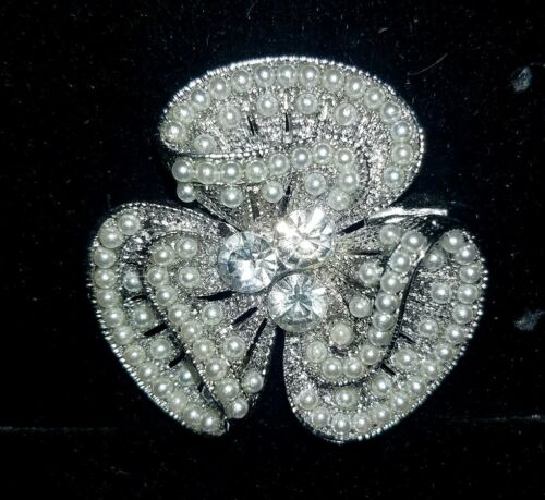Details about  /PEARLS Bling TREFOIL STOCK PIN ORNAMENTS Hunt Seat Dressage HorseDriving NIB