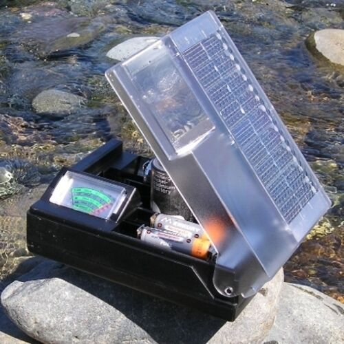 New Deluxe Solar Battery Charger w/ Meter For AA AAA C & D! Charges 2 At A Time!