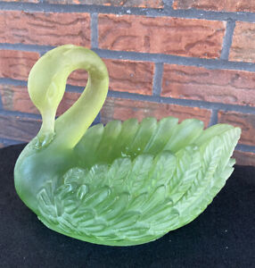 Vintage Green Swan Planter Polyresin Figurine Floral Vase Mantel Glass