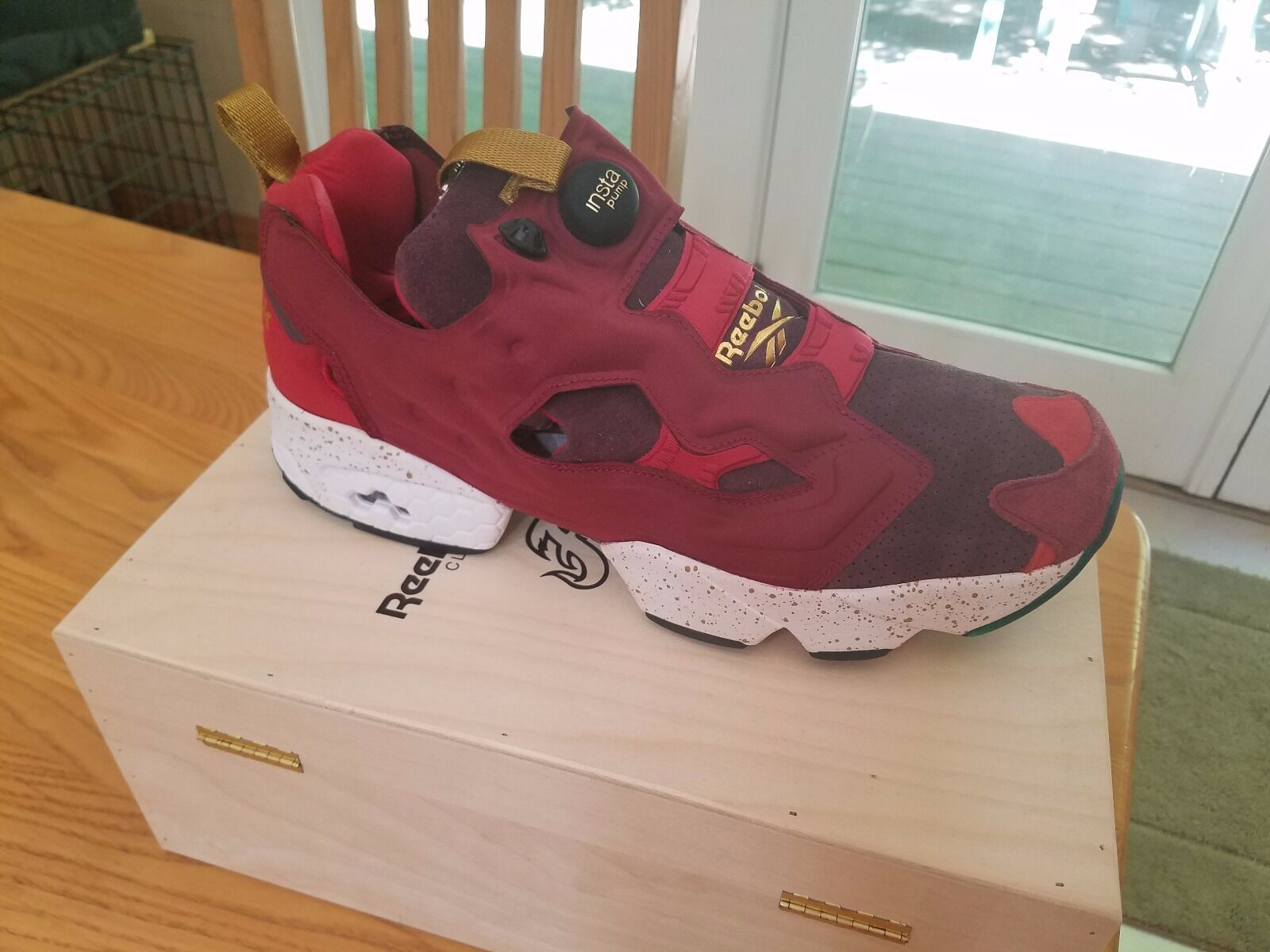 REEBOK  x END CLARET INSTA PUMP FURY SZ12