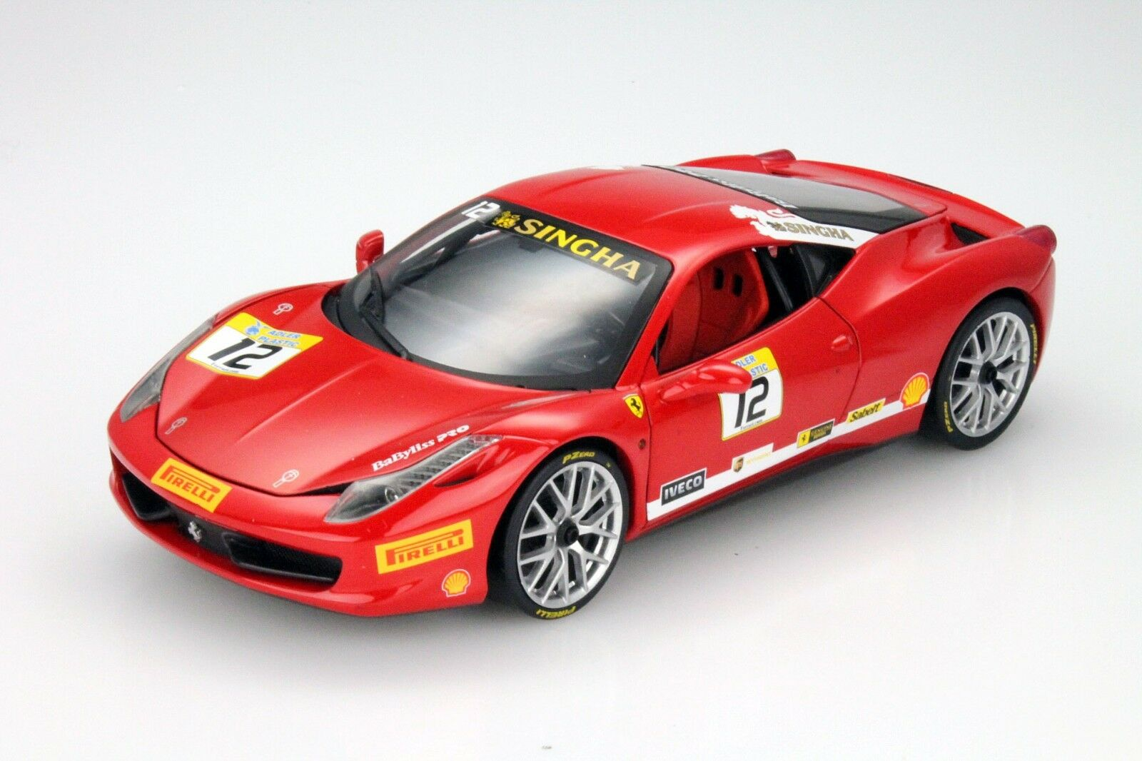 Scale model 1 18 Ferrari 458 Italia Challenge