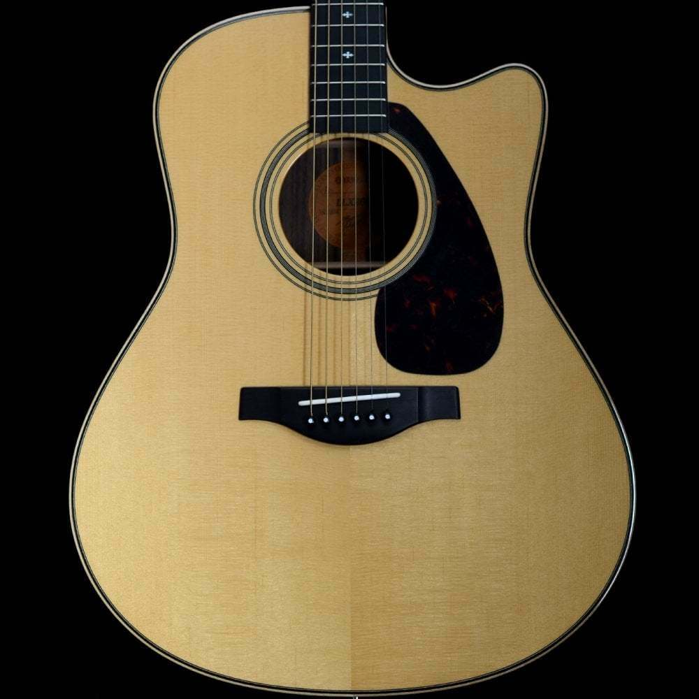 Yamaha Japan LLX26C A.R.E Hand-Crafted Electro-Acoustic Jumbo Electro-Guitar