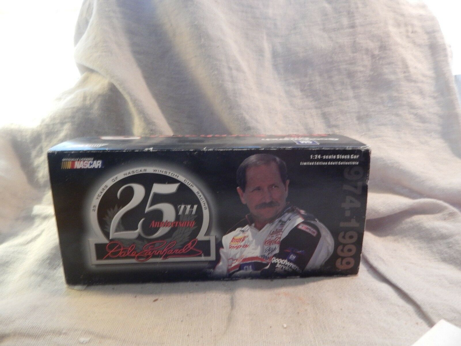 Action Dale Earnhardt 25th Anniversary Die Cast Car 1 24