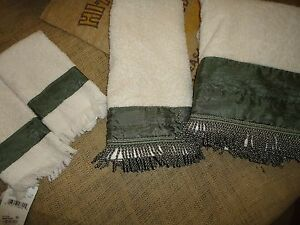 croscill 4pc set parfait fringed hand bath fingertip towels sage green. Black Bedroom Furniture Sets. Home Design Ideas