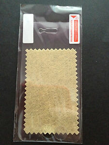 Iphone-4-4s-screen-protector-and-cloth