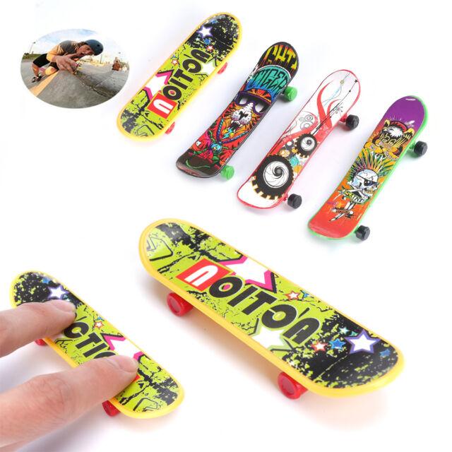 4pcs Mini Plastic Type Toy Skate Finger Board Skateboards Toys Gift