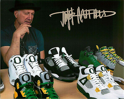 c4be2df35c854 Tinker Hatfield Signed Nike Air Jordan 4 Oregon Ducks 8x10 Photo ...
