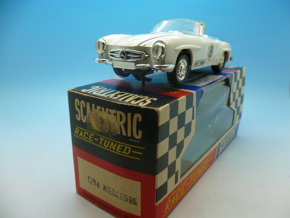 Scalextric C94 Mercedes in white great condtion and boxed