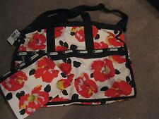Lesportsac 7185 Large Weekender in GARDEN POPPY print, 2 pieces, NEW WITH TAG
