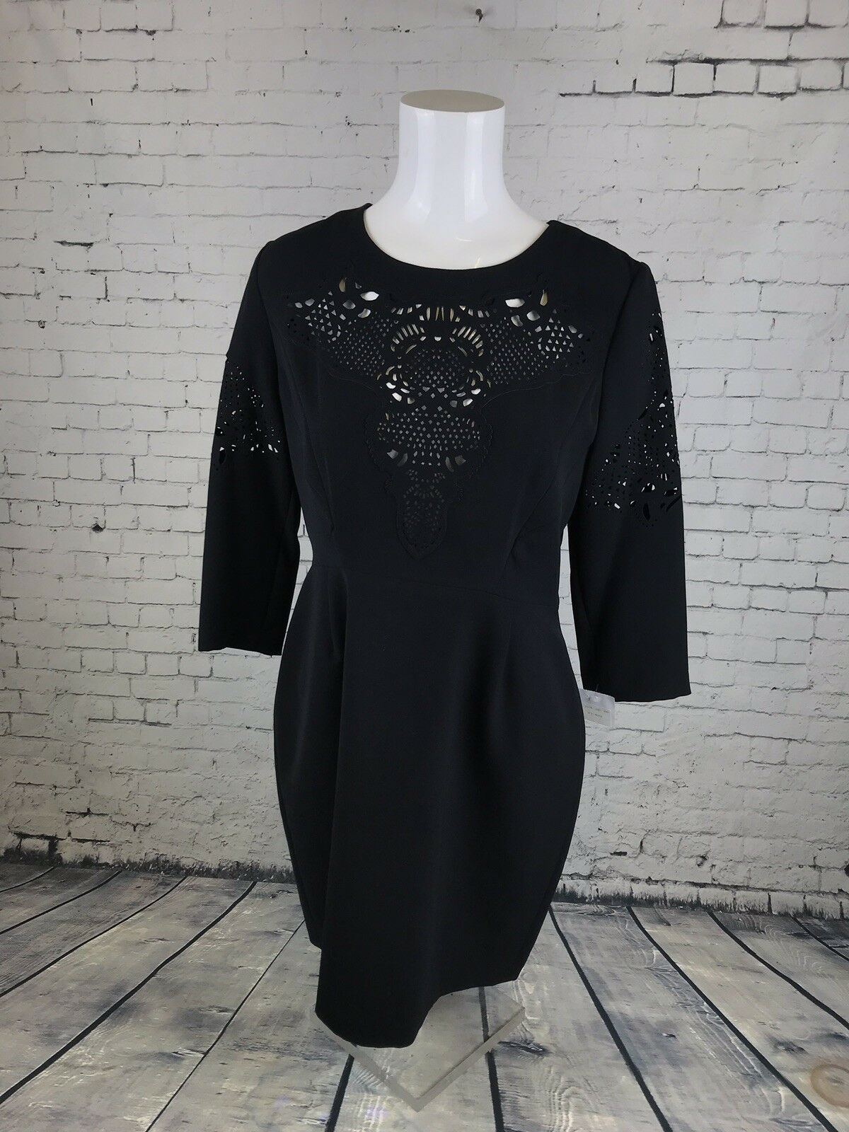 Stunning The Kooples Brand New schwarz Dress With Laser Cut Detail . Größe XL   A14