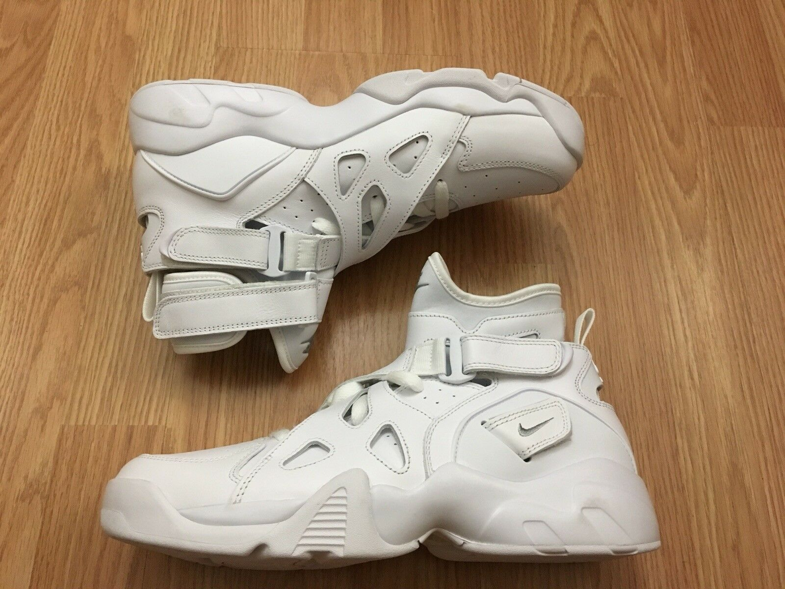 online retailer a636c ee9a9 NIKE AIR UNLIMITED SIZE 9 MEN WHITE WHITE WHITE SNEAKER SHOE BASKETBALL  LIFESTYLE a79d6e