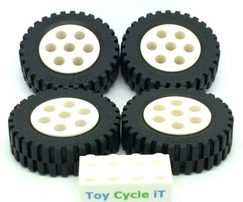 LEGO Technic 4 x White Wheel /& Black Tyre 13 x 24 Tires /& 2696 /& 2695 L24