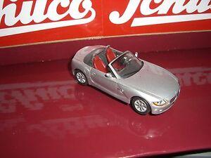 Schuco-BMW-Z-4-CABRIO-ARGENTO-VECCHIA-Schuco-serie-1-43
