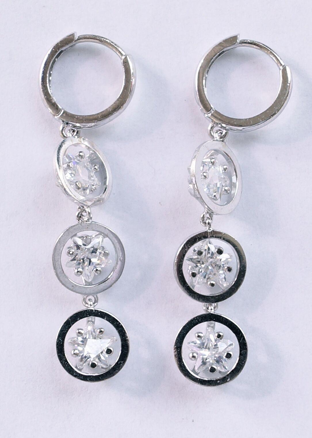 14k White gold Three Star Laddies Earrings