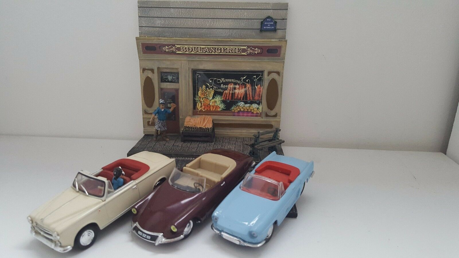 Norex   Verem Lot 3 voitures cabriolet Français  diorama boulangerie 1 43