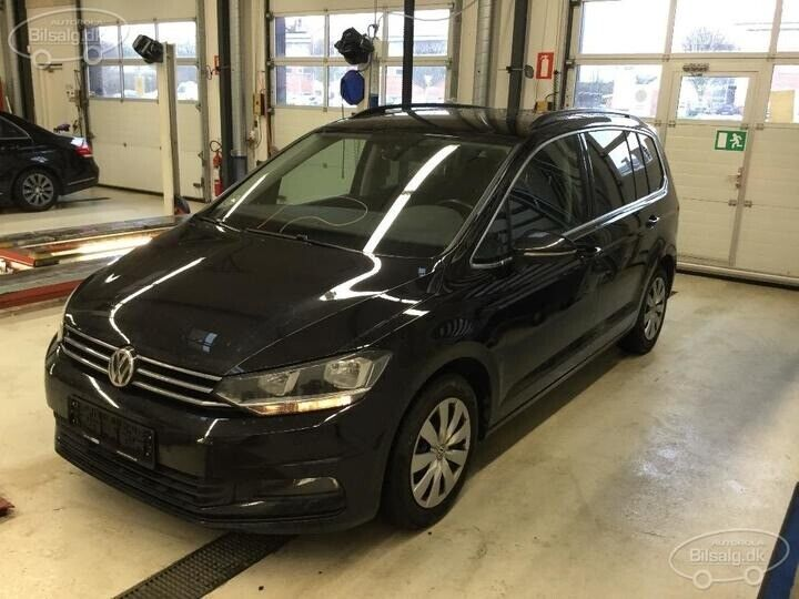 VW Touran 2,0 TDi 150 Comfortline DSG 7prs 5d