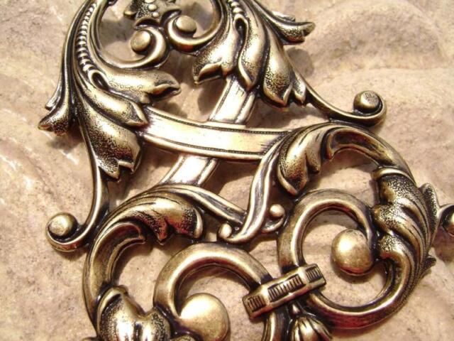 4042 Centerpiece, Pendant Component, Antiqued Brass, Celtic Design, Stamping