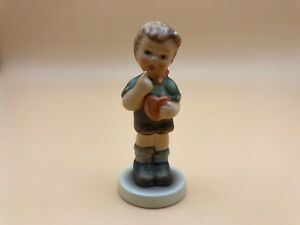 Hummel-Figurine-2050-B-Get-Me-Also-3-1-2in-1-Choice-Pot-Condition