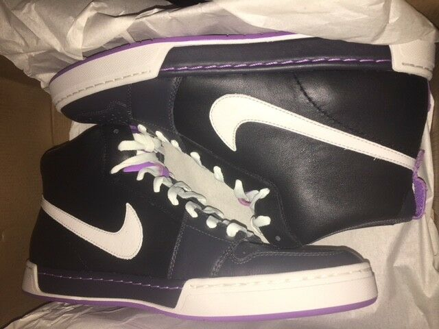 Nike Air Royal Mid Stiefel High Neu Mandara Karst Manoa Gr 42,5 US 9 schwarz-Swan Louis, ausführlich